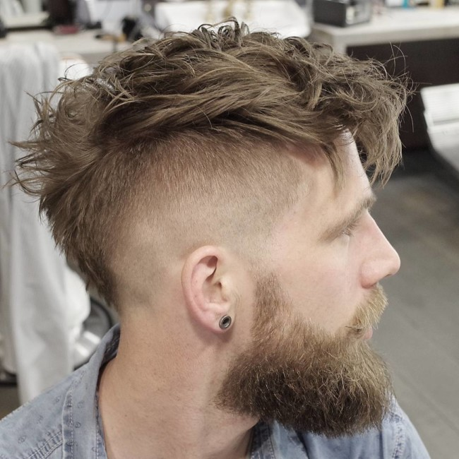 MoHawk + High Fade - Men's Haircuts