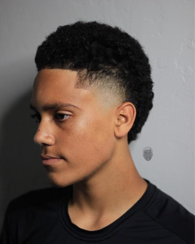 High Temple Skin Fade - Men's Haircuts