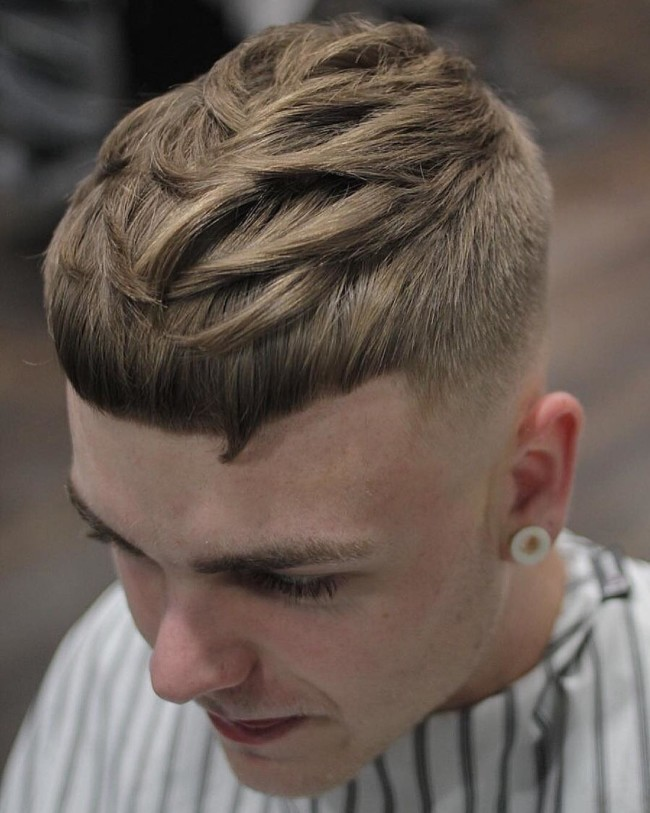 Textured Crop + Mid Fade - Men's haircut