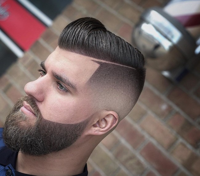 Comb Over Pompadour + Side part + Blurry Fade - Men's Haircuts