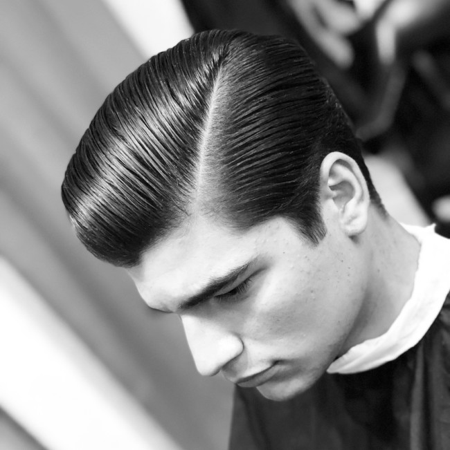 Side Part Pompadour - Men's Haircuts