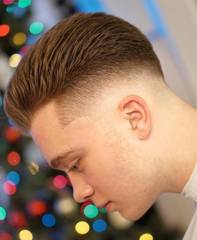 Short Pompadour - Men's Haircuts