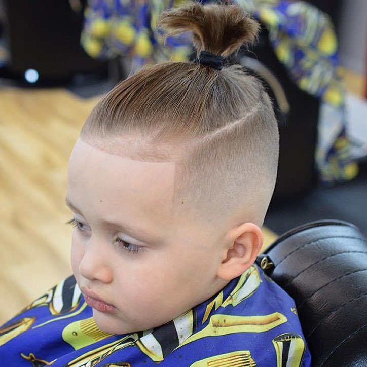 Top Knot Hairstyle for boys - Men's Haircuts