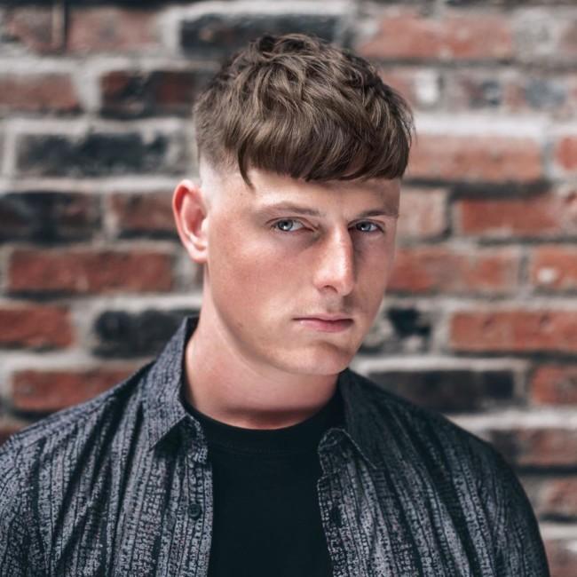 Textured Crop + Skin fade - Men's Haircuts